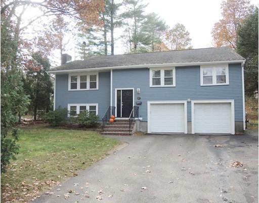 Частный односемейный дом для того Продажа на 817 Greendale Avenue 817 Greendale Avenue Needham, Массачусетс 02492 Соединенные Штаты