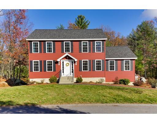 Maison unifamiliale pour l Vente à 9 Bufton Farm Road 9 Bufton Farm Road Clinton, Massachusetts 01510 États-Unis