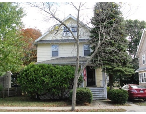 Casa Unifamiliar por un Venta en 142 Newport Street 142 Newport Street Arlington, Massachusetts 02476 Estados Unidos
