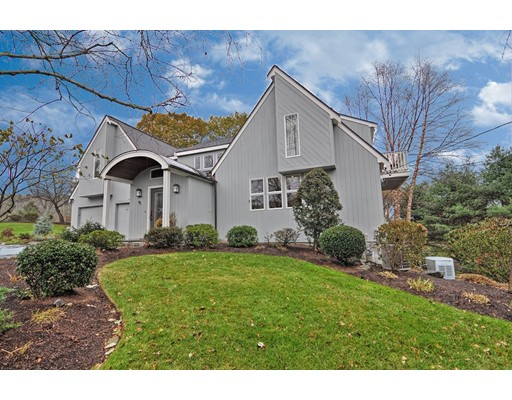 Single Family Home for Sale at 45 Sears Road 45 Sears Road Southborough, Massachusetts 01772 United States