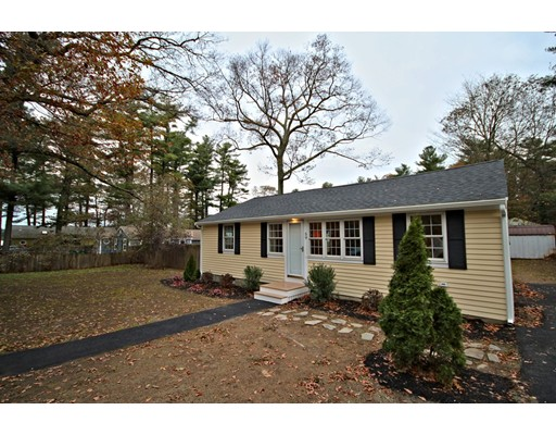 Casa Unifamiliar por un Venta en 59 Furnace Colony Drive 59 Furnace Colony Drive Pembroke, Massachusetts 02359 Estados Unidos