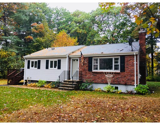 Single Family Home for Rent at 4 Royal Street 4 Royal Street Wilmington, Massachusetts 01887 United States