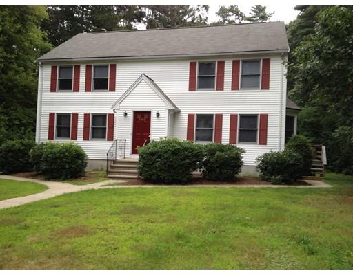Casa Unifamiliar por un Alquiler en 347 Foundry Street 347 Foundry Street Easton, Massachusetts 02356 Estados Unidos