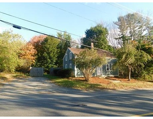 Single Family Home for Sale at 226 N Spencer Road Spencer, 01562 United States
