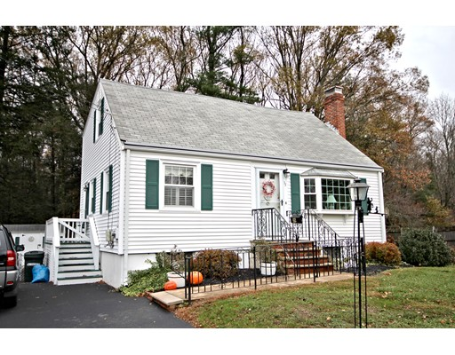 Single Family Home for Sale at 35 Hillsdale Road 35 Hillsdale Road Holbrook, Massachusetts 02343 United States
