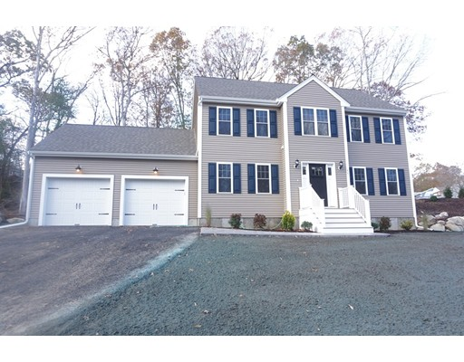 واحد منزل الأسرة للـ Sale في 77 Westdale Road 77 Westdale Road Holbrook, Massachusetts 02343 United States