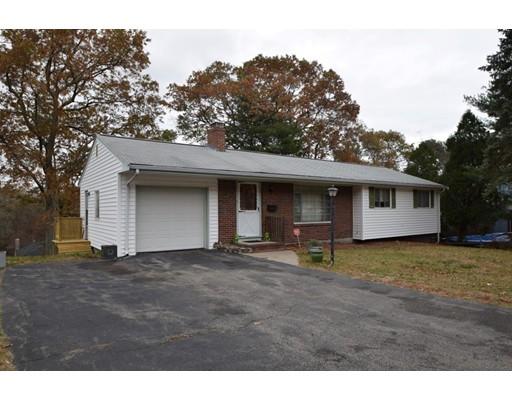 独户住宅 为 销售 在 11 Barry Street 11 Barry Street 伦道夫, 马萨诸塞州 02368 美国