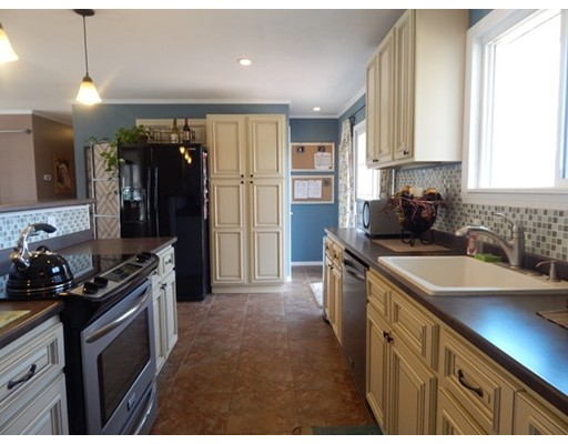 Single Family Home for Rent at 53 Searle Road South Hadley, Massachusetts 01075 United States
