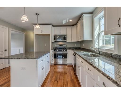 Appartement en copropriété pour l Vente à 6 Olivia Way #EAU B 6 Olivia Way #EAU B Groton, Massachusetts 01450 États-Unis
