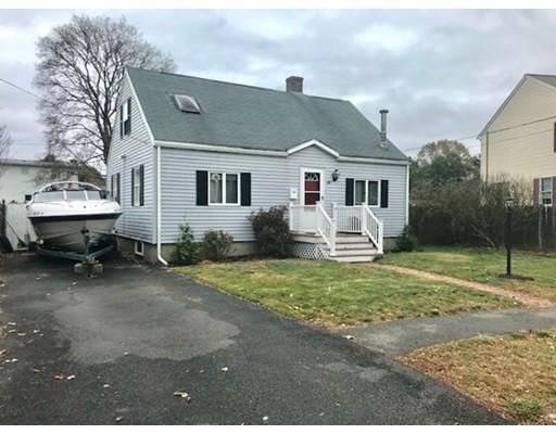 Maison unifamiliale pour l Vente à 30 Saint Anns Avenue 30 Saint Anns Avenue Peabody, Massachusetts 01960 États-Unis