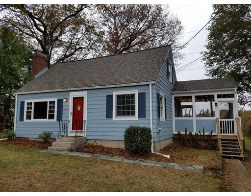 Single Family Home for Sale at 11 Dean Road 11 Dean Road Ashland, Massachusetts 01721 United States