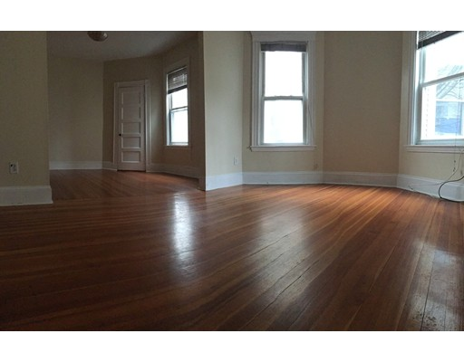 Additional photo for property listing at 40 Auckland Street  Boston, Massachusetts 02125 United States