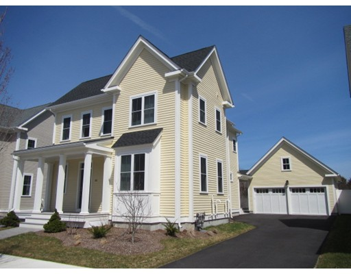 Single Family Home for Sale at 86 Snowbird Avenue 86 Snowbird Avenue Weymouth, Massachusetts 02190 United States