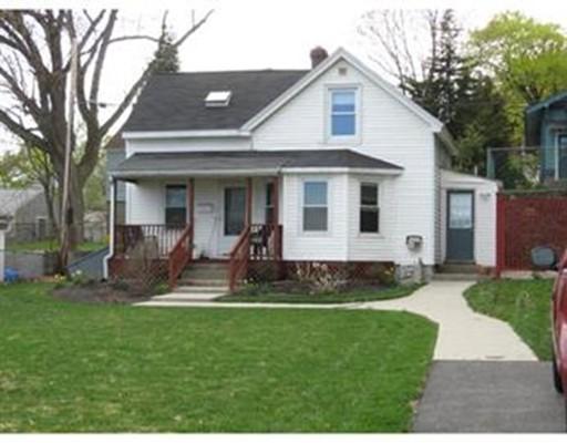 Частный односемейный дом для того Продажа на 212 Dana Avenue 212 Dana Avenue Worcester, Массачусетс 01604 Соединенные Штаты