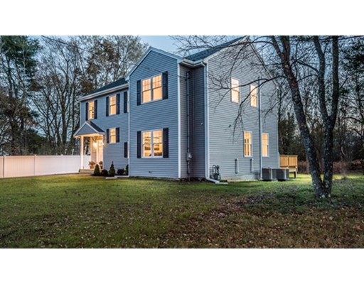 Additional photo for property listing at 22 Lothrop Street  Stoughton, Massachusetts 02072 Estados Unidos