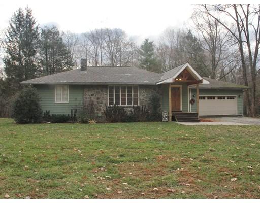 Maison unifamiliale pour l Vente à 307 North Sturbridge Road 307 North Sturbridge Road Charlton, Massachusetts 01507 États-Unis