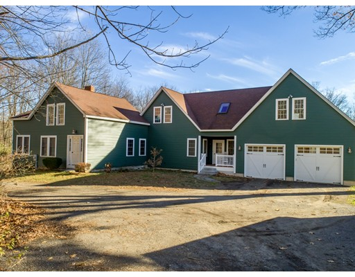 Casa Unifamiliar por un Venta en 18 Tobin Lane 18 Tobin Lane West Boylston, Massachusetts 01583 Estados Unidos