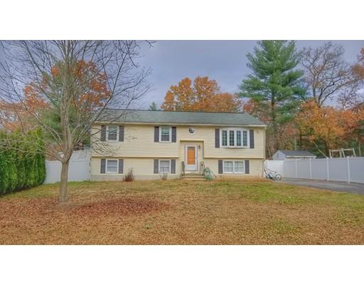 Частный односемейный дом для того Продажа на 14 Cinnamon Circle 14 Cinnamon Circle Tewksbury, Массачусетс 01876 Соединенные Штаты