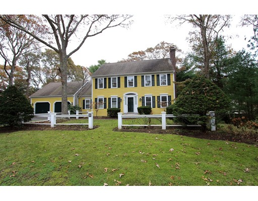 Casa Unifamiliar por un Venta en 34 Old Salem Way 34 Old Salem Way Barnstable, Massachusetts 02655 Estados Unidos