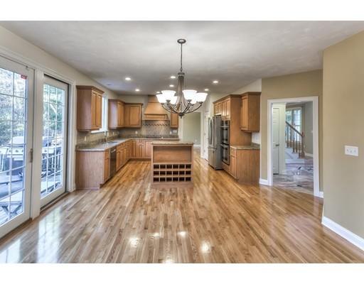 Частный односемейный дом для того Продажа на 1859 State Road 1859 State Road Plymouth, Массачусетс 02360 Соединенные Штаты