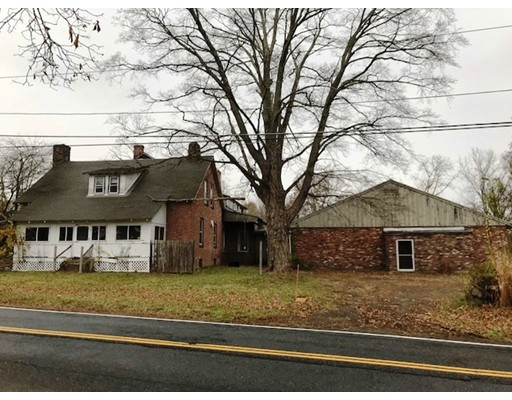 Single Family Home for Sale at 148 West Street 148 West Street Granby, Massachusetts 01033 United States