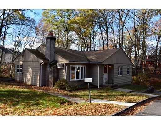 Maison unifamiliale pour l Vente à 1 5th Avenue 1 5th Avenue Shrewsbury, Massachusetts 01545 États-Unis