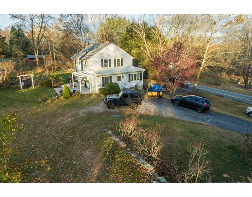 Single Family Home for Sale at 1312 Thompson Road 1312 Thompson Road Thompson, Connecticut 06277 United States