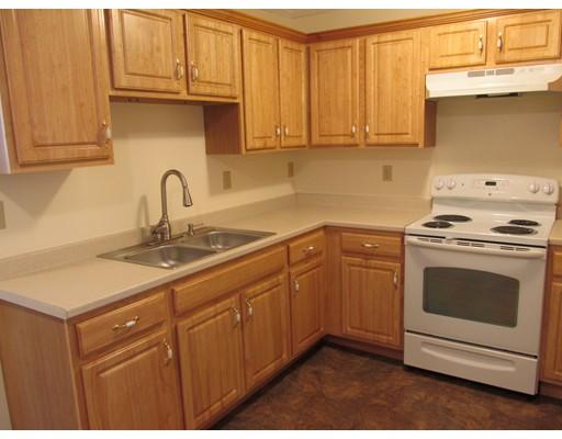 Single Family Home for Rent at 30 Temple Street 30 Temple Street Gardner, Massachusetts 01440 United States