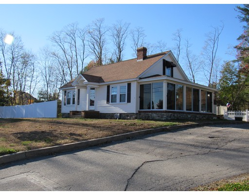 Single Family Home for Sale at 116 Pleasant Street Salem, New Hampshire 03079 United States