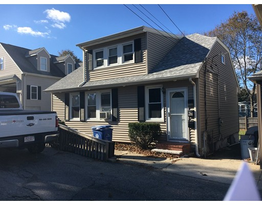 Single Family Home for Rent at 11 Spring Avenue 11 Spring Avenue Wakefield, Massachusetts 01880 United States