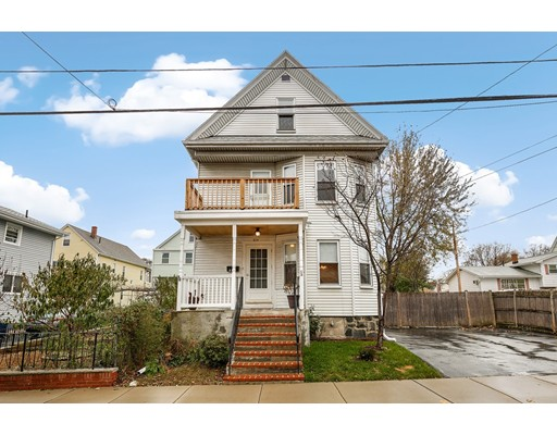 独户住宅 为 销售 在 219 Bradford Street Everett, 02149 美国