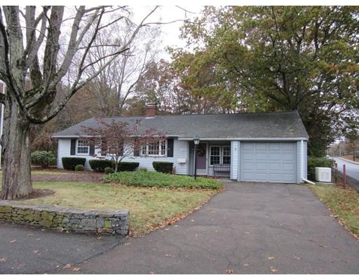 Single Family Home for Sale at 111 Sheridan Street 111 Sheridan Street Easton, Massachusetts 02356 United States
