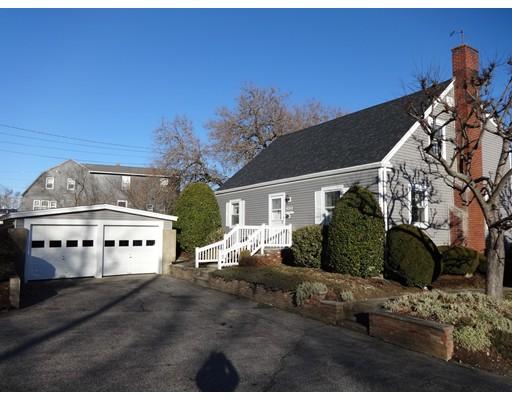 Частный односемейный дом для того Продажа на 2828 Riverside Avenue 2828 Riverside Avenue Somerset, Массачусетс 02726 Соединенные Штаты