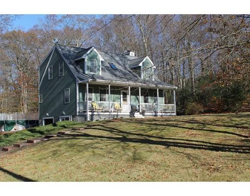 Maison unifamiliale pour l Vente à 188 Bayview Avenue 188 Bayview Avenue Berkley, Massachusetts 02779 États-Unis