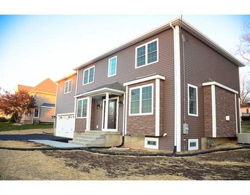 Single Family Home for Sale at 61 Colony Drive 61 Colony Drive East Longmeadow, Massachusetts 01028 United States