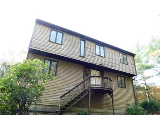 Single Family Home for Sale at 28 Ledgeview Drive 28 Ledgeview Drive Freetown, Massachusetts 02702 United States