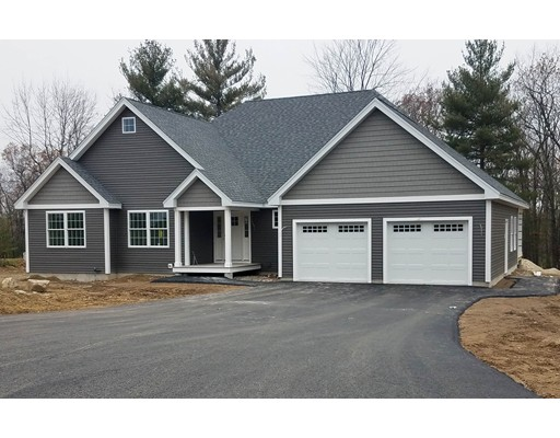 Single Family Home for Sale at 23 Aspen Drive 23 Aspen Drive Pelham, New Hampshire 03076 United States