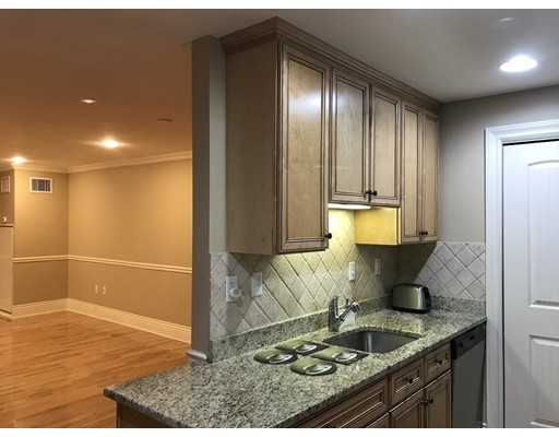 Picture 6 of 12 Russell Rd Unit 205 Wellesley Ma 2 Bedroom Condo