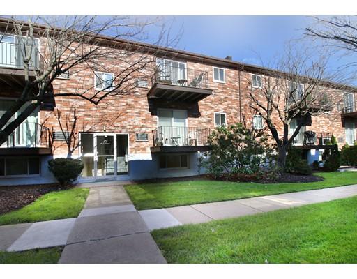 Kat Mülkiyeti için Satış at 19 Westgate Road 19 Westgate Road Boston, Massachusetts 02467 Amerika Birleşik Devletleri