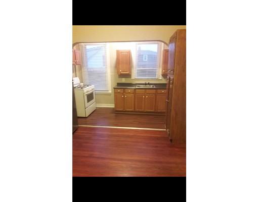 独户住宅 为 出租 在 276 Cherry Street Fall River, 02720 美国