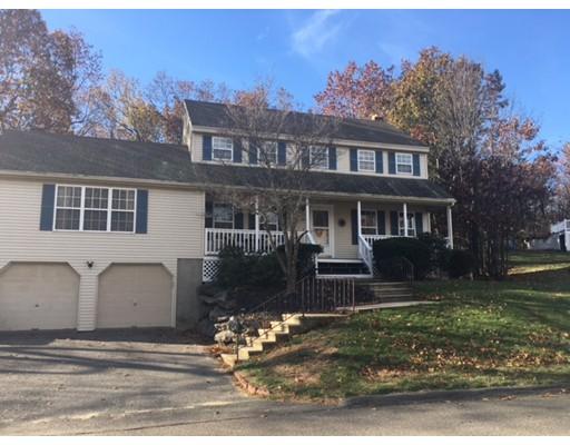 Casa para uma família para Venda às 25 Saddlebred Drive 25 Saddlebred Drive Leominster, Massachusetts 01453 Estados Unidos