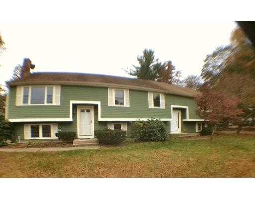 Casa para uma família para Venda às 2 Perry Street 2 Perry Street Norton, Massachusetts 02766 Estados Unidos