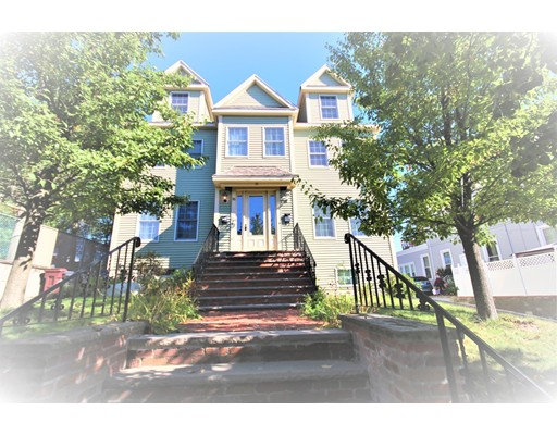 Condomínio para Venda às 35 Prospect Avenue 35 Prospect Avenue Revere, Massachusetts 02151 Estados Unidos