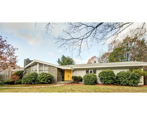 Casa para uma família para Venda às 65 Zenith Drive 65 Zenith Drive Worcester, Massachusetts 01602 Estados Unidos
