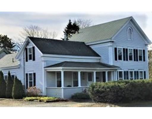 Maison unifamiliale pour l Vente à 611 Route 28 (Main Street) 611 Route 28 (Main Street) Harwich, Massachusetts 02646 États-Unis