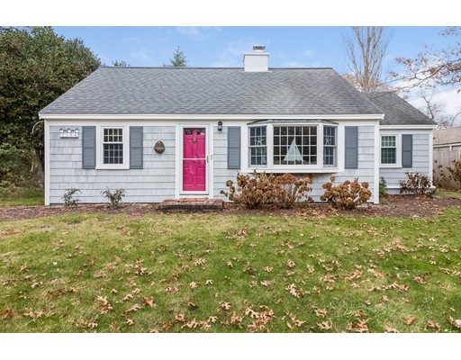 Casa Multifamiliar por un Venta en 182 Seaview Avenue 182 Seaview Avenue Yarmouth, Massachusetts 02664 Estados Unidos