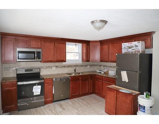 واحد منزل الأسرة للـ Rent في 135 South Street 135 South Street Agawam, Massachusetts 01001 United States