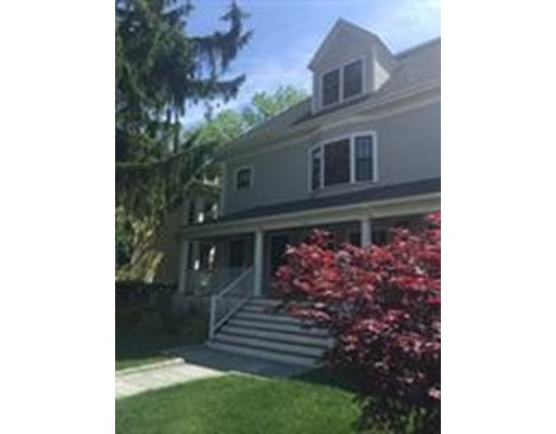 Additional photo for property listing at 4 Frost  Cambridge, Massachusetts 02140 Estados Unidos