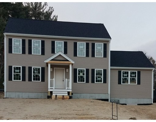 Single Family Home for Sale at 208 Wrentham Road 208 Wrentham Road Bellingham, Massachusetts 02019 United States