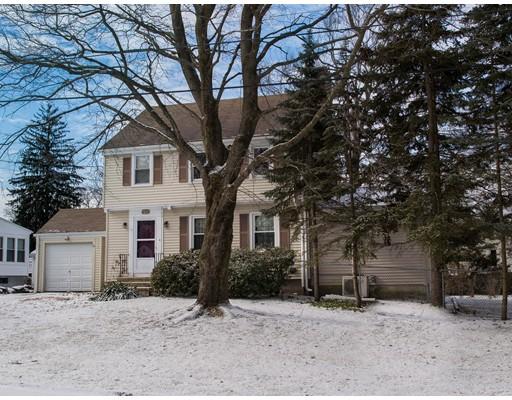 独户住宅 为 销售 在 2 Laurel Avenue 什鲁斯伯里, 01545 美国